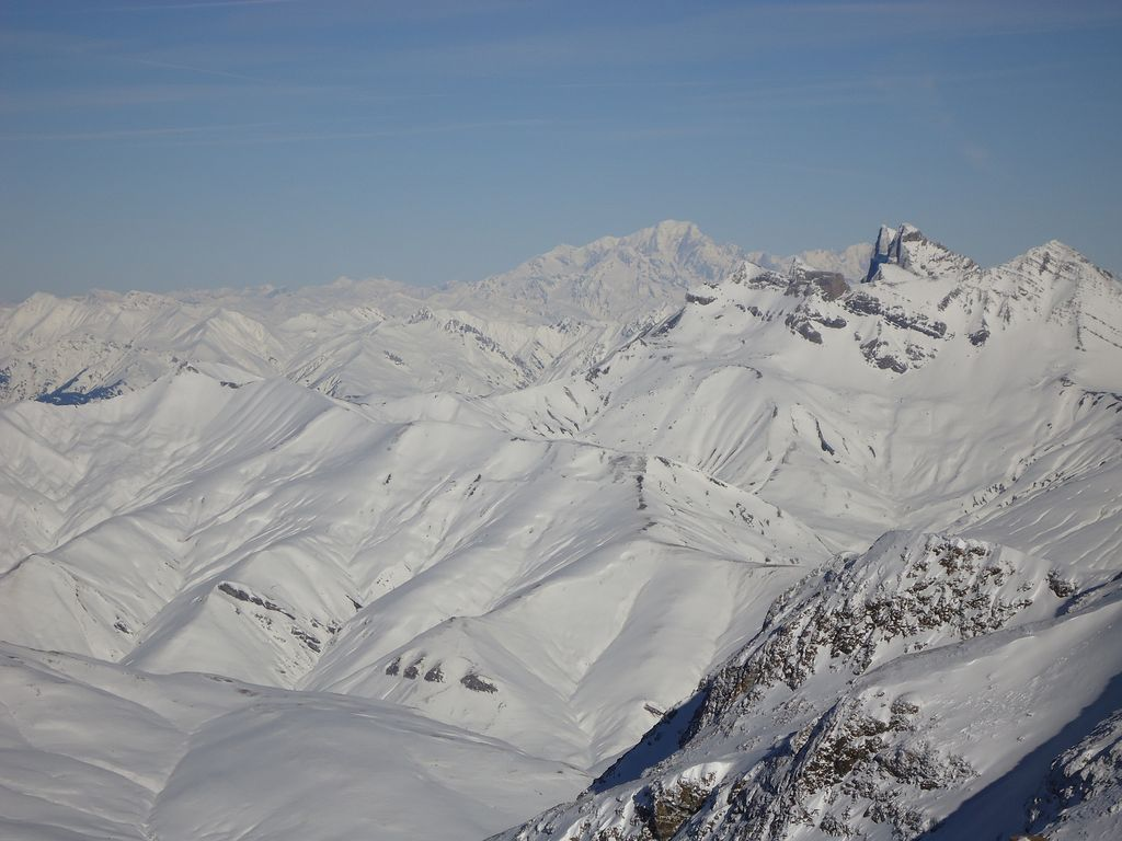 Le Mont Blanc, in the distance